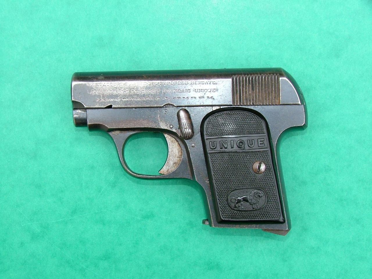 pistolet mat 49